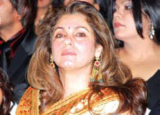 Dimple Kapadia To Stage Her Comeback In Films With What The Fish