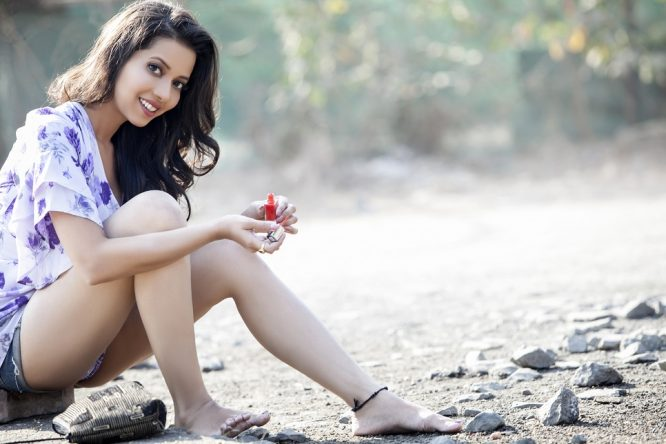 "AARTI RANA - ""OPEN TO BIKINIS IF MAHESH BHATT OFFERS ME A ROLE"""
