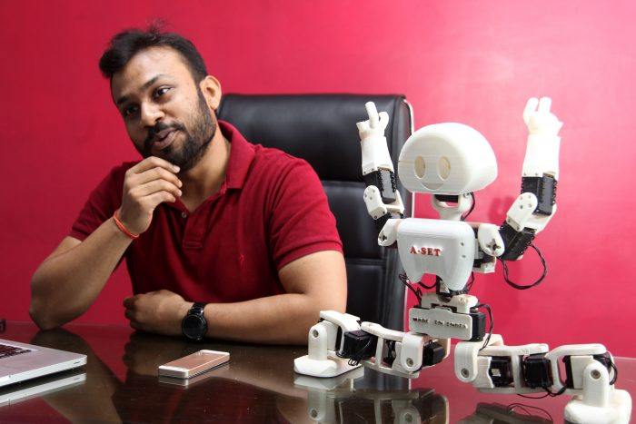 DIWAKAR VAISH – OUT OF THE BOX INVENTOR, INNOVATOR, ROBOTICIST
